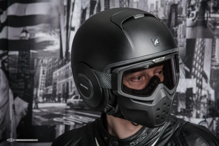 Фото № 585 Шлем для мотоцикла шарк 900